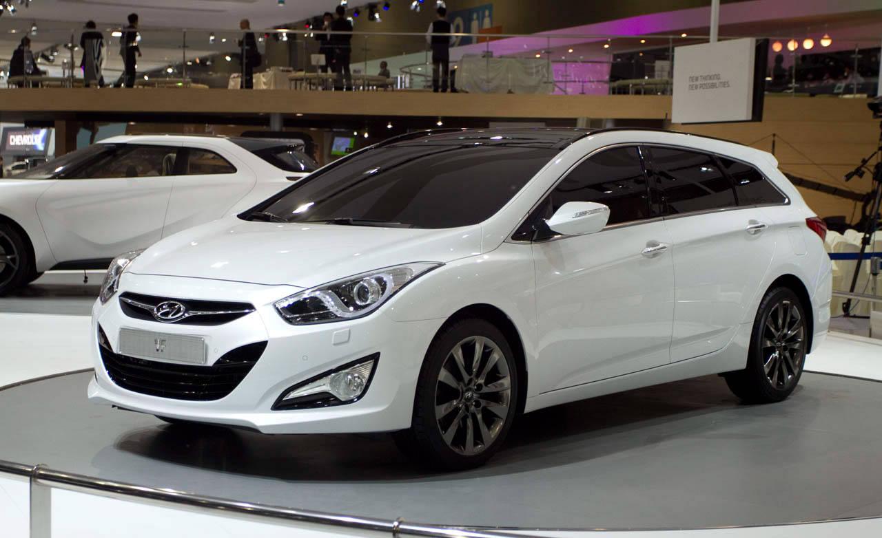 2012 hyundai i40 wagon at the 2011 seoul auto show. Black Bedroom Furniture Sets. Home Design Ideas