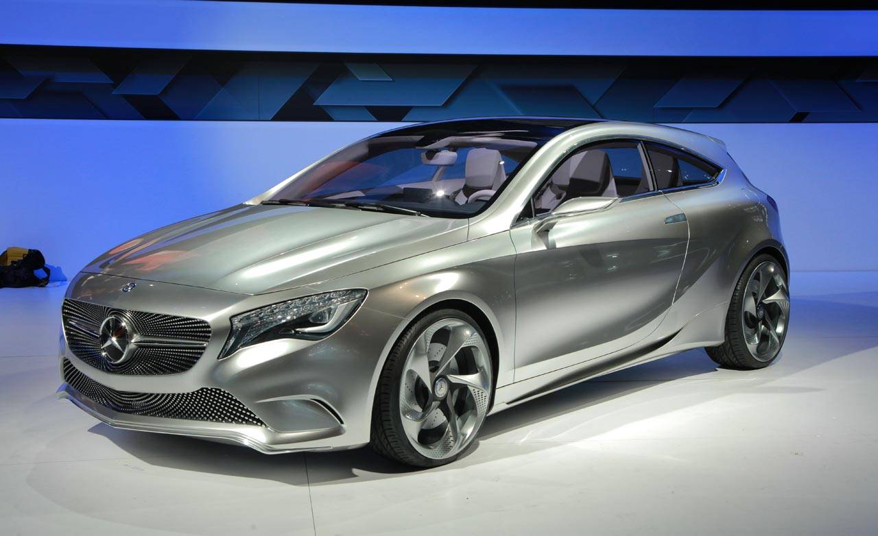 Mercedes benz a class concept car at 2011 new york auto show for New mercedes benz concept