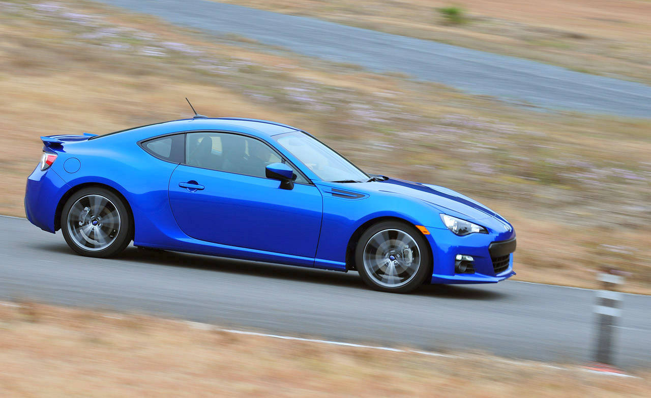 2013 subaru brz first drive review 25k subaru brz sports. Black Bedroom Furniture Sets. Home Design Ideas