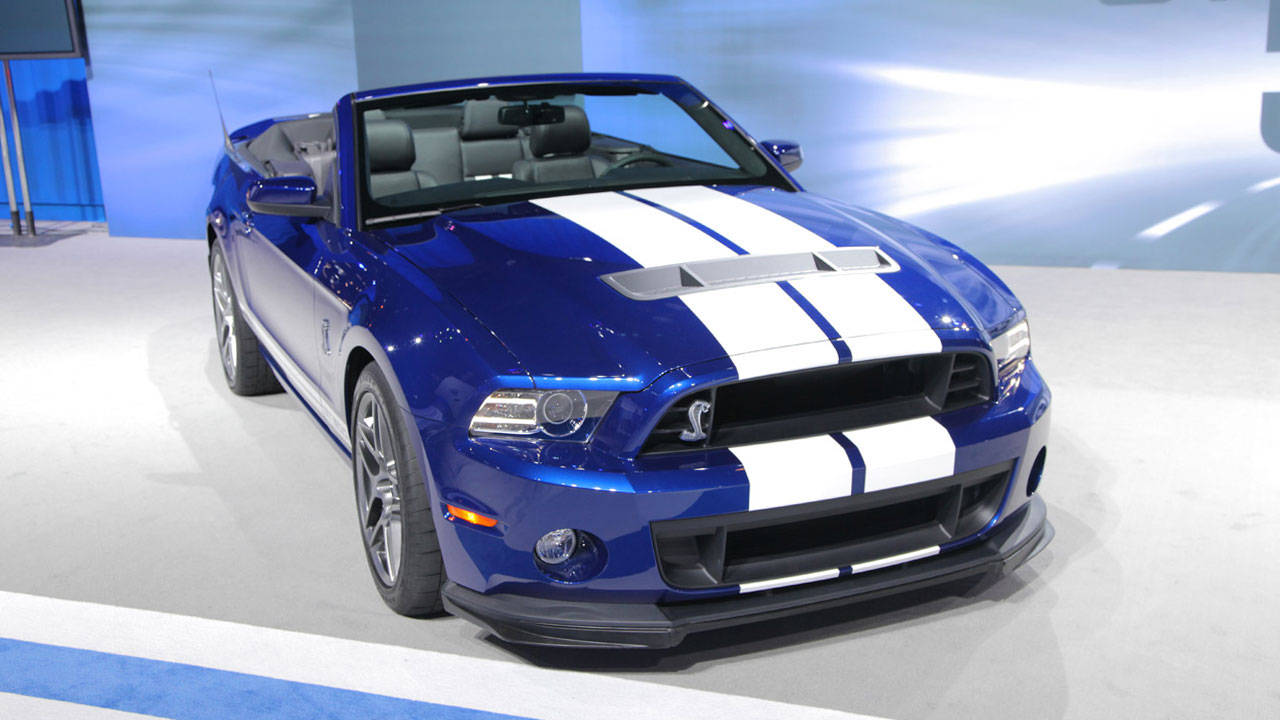 2013 ford shelby gt500 convertible pictures specs and details. Black Bedroom Furniture Sets. Home Design Ideas