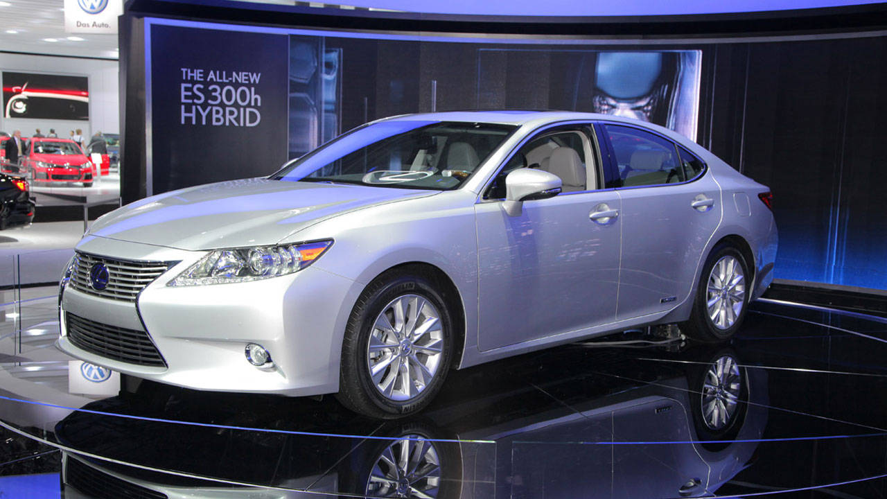 2013 lexus es photos 2013 lexus es 350 and es 300h specs. Black Bedroom Furniture Sets. Home Design Ideas