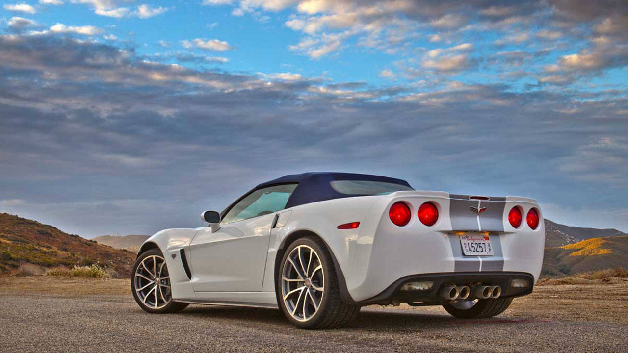 2013 chevrolet corvette 427 convertible review price and specs. Black Bedroom Furniture Sets. Home Design Ideas