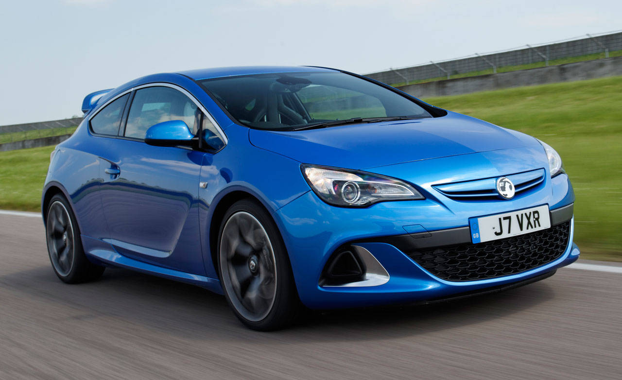 first drive 2012 opel vauxhall astra vxr. Black Bedroom Furniture Sets. Home Design Ideas