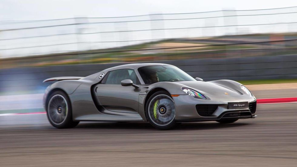 Which is faster: Porsche 918 Spyder or Bugatti Veyron - Test Data