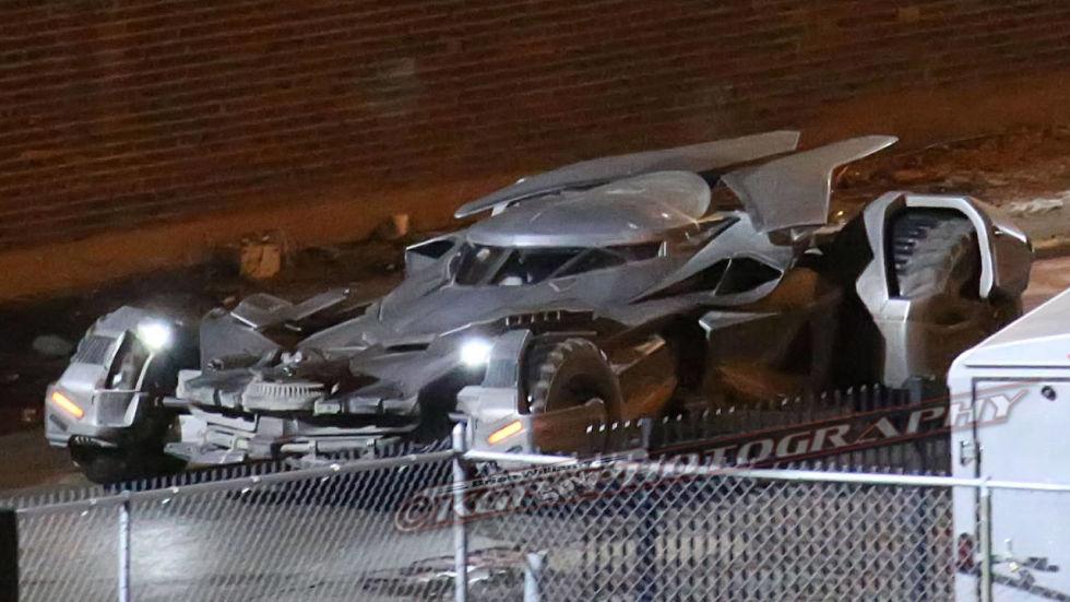 New Batmobile (Spy shots) from Batman v Superman: Dawn of Justice ...