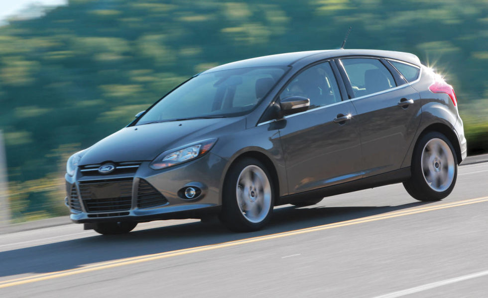 available for 25830 the top of the line ford focus hatchback titanium model is a luxury car in a small package - Ford Focus 2012