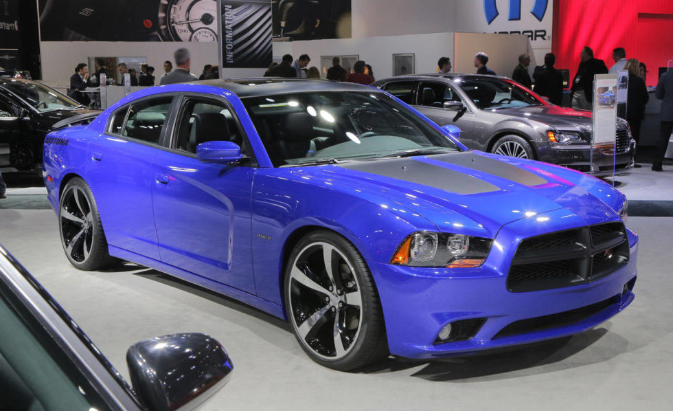 dodges charger daytona is back how can you not love a car with a road track option - 2013 Dodge Charger Daytona