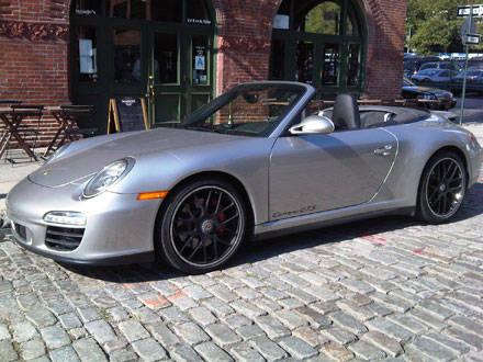 quick drive 2011 porsche 911 carrera gts cabriolet. Black Bedroom Furniture Sets. Home Design Ideas