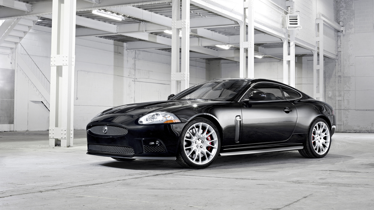 2007 Jaguar XKR Coupe and Convertible - Drive Flashback